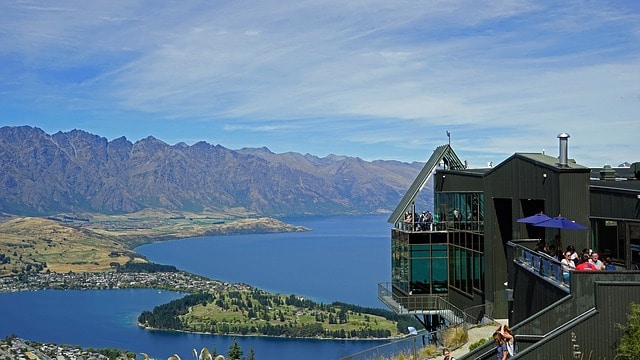 Bobs Peak view of Lake Wakatipu and Queenstown